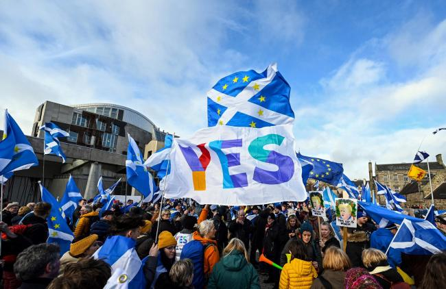 Recent independence polls have shown a consistent shift towards Yes