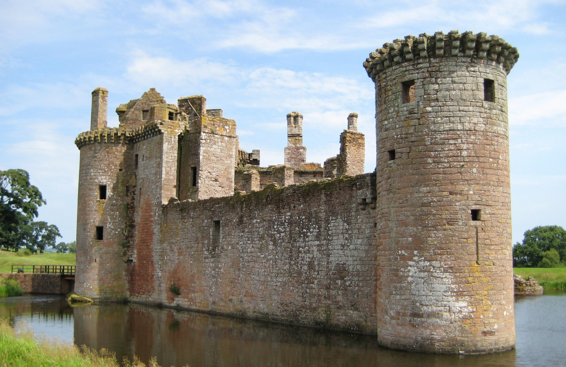 Part of the cash will go towards an augmented reality app at Caerlaverock Castle, south of Dumfries, allowing visitors to collect historical animations
