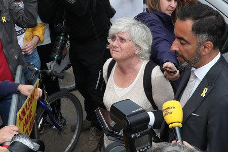 The National: Clara Ponsati with solicitor Aamer Anwar after the hearing at Edinburgh Sheriff Court