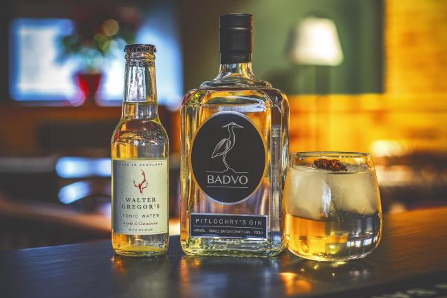 Badvo makes gin using hand-foraged ingredients